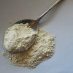 小麦粉の常温保存は危険です。とくに春から秋までの3シーズンは気を付けてください。